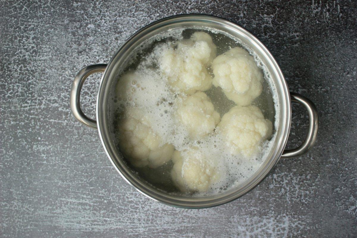 Proceso de cocción de la coliflor