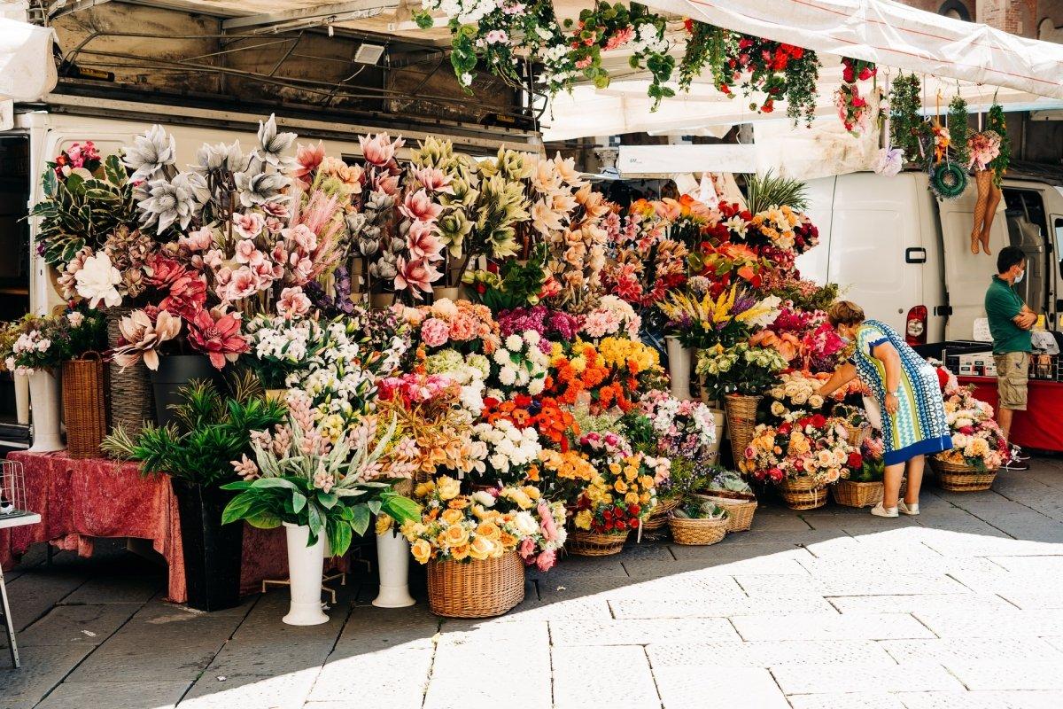 Puesto de flores en Campo dei Fiori