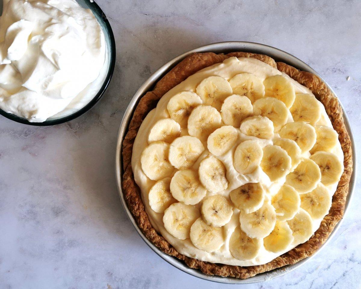 Repetir hasta que se acaben los ingredientes, terminando con los plátanos