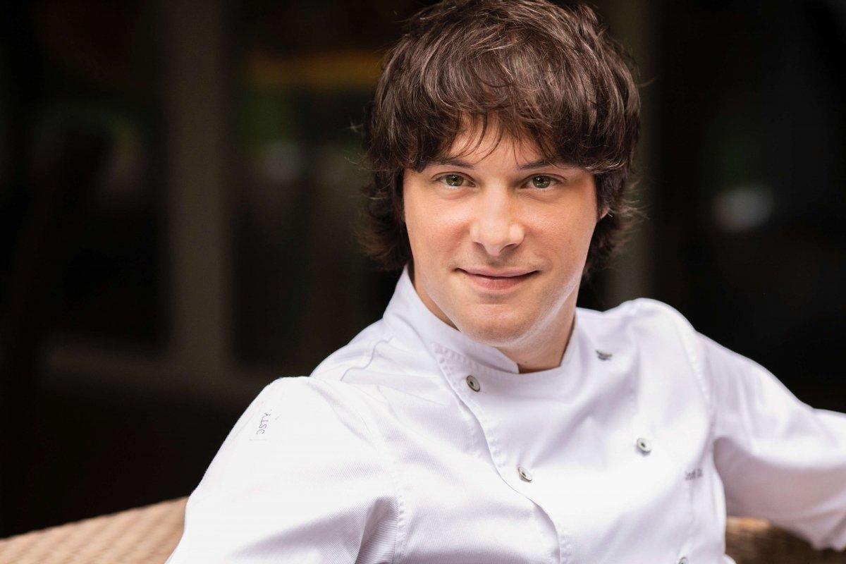 Cuántas estrellas Michelin tiene Jordi Cruz