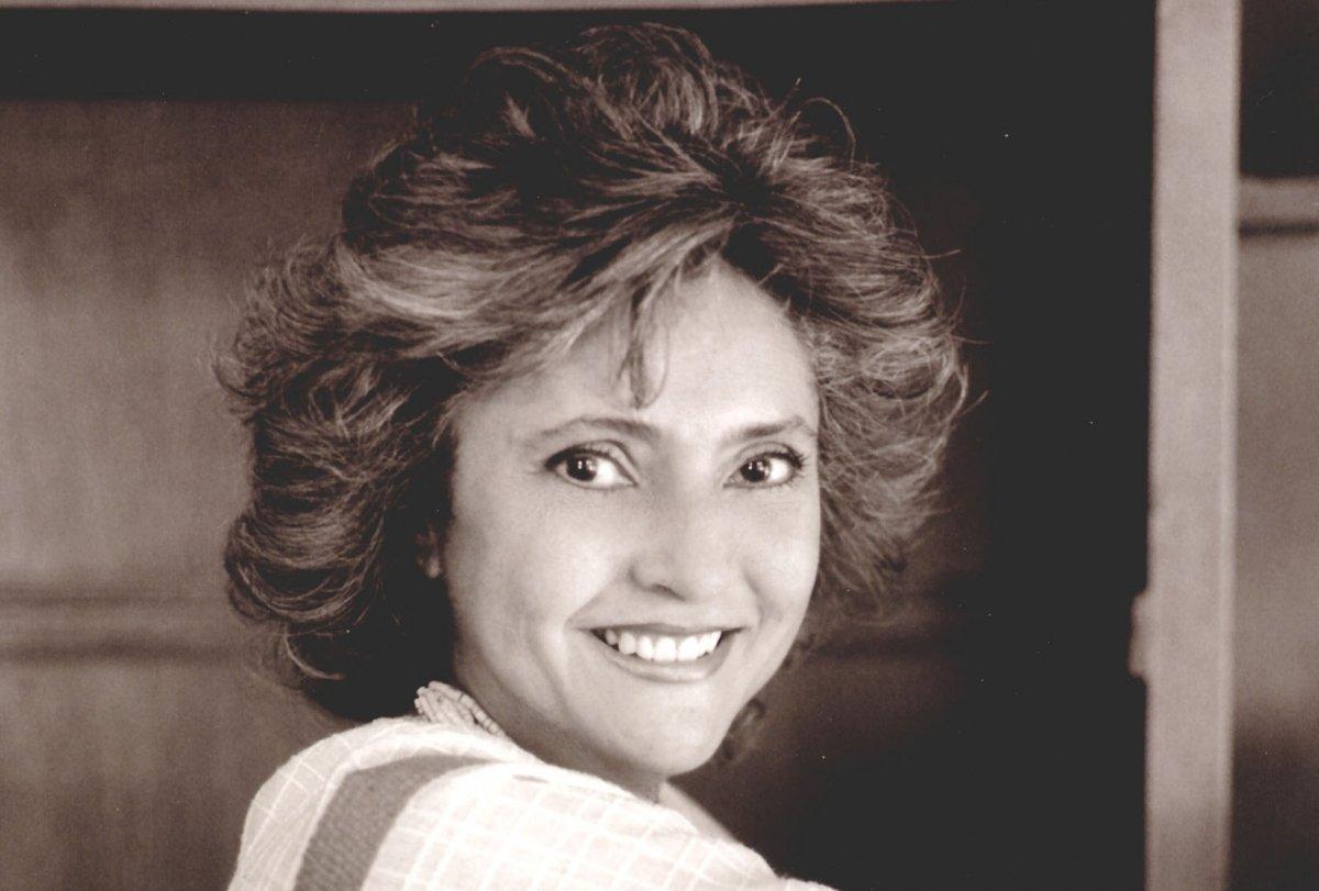 Retrato de la autora Laura Esquivel