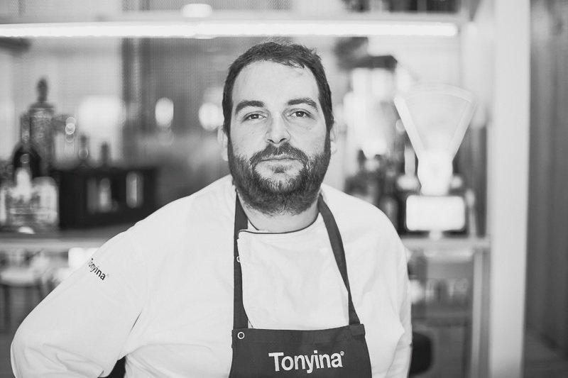 Román Navarro, un cocinero que busca la felicidad
