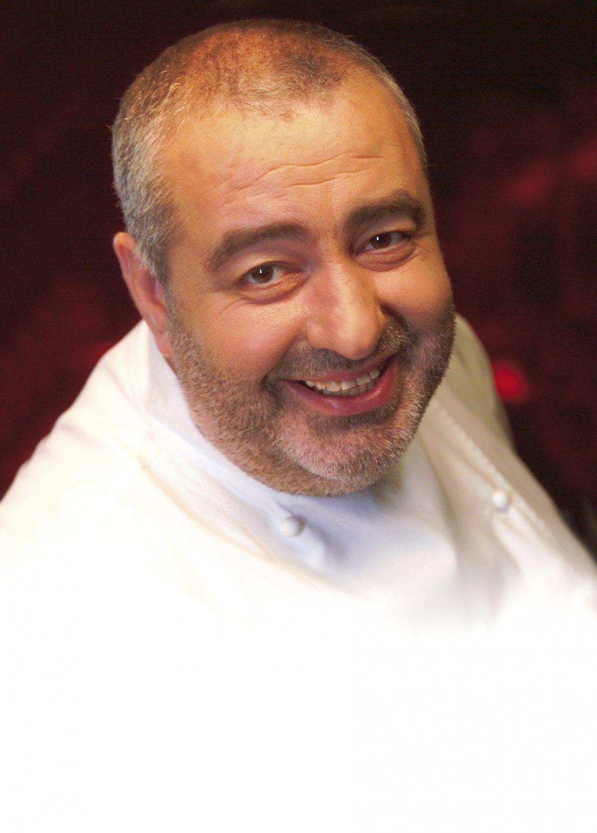 Retrato de Santi Santamaria