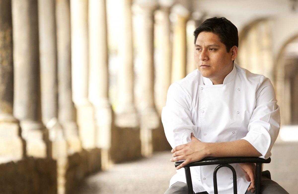 Retrato del chef Mario Céspedes