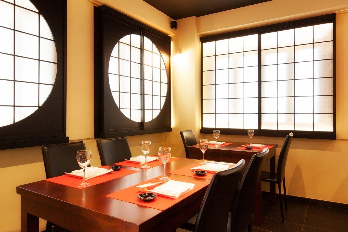 Sala-comedor del restaurante Ta Kumi