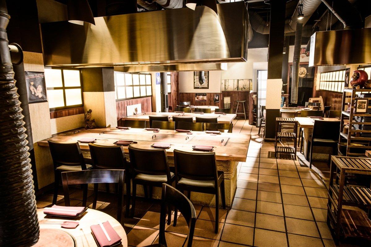 Sala del restaurante Carlota Akaneya
