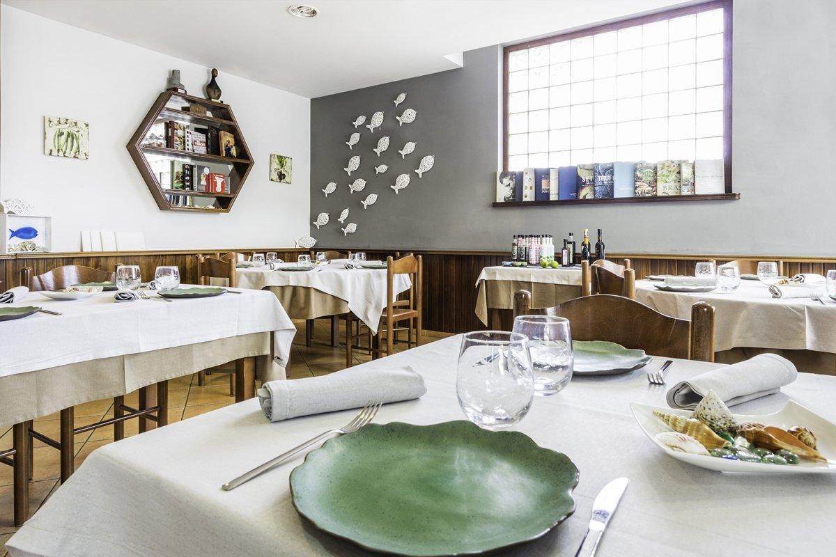 Sala del restaurante Castru El Gaiteru