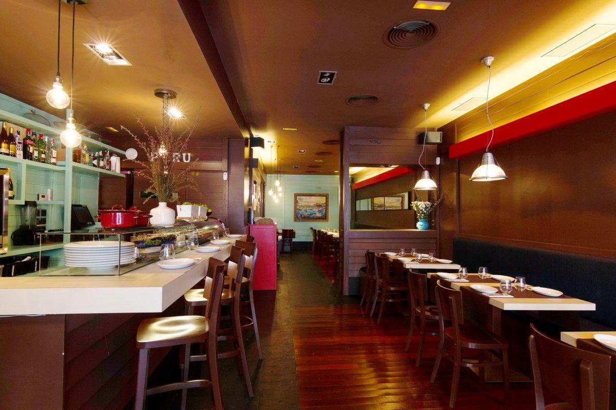 Sala del restaurante la Cevichería La Sarita
