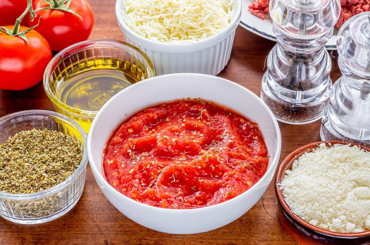 Salsa de tomate para pizza de carne picada