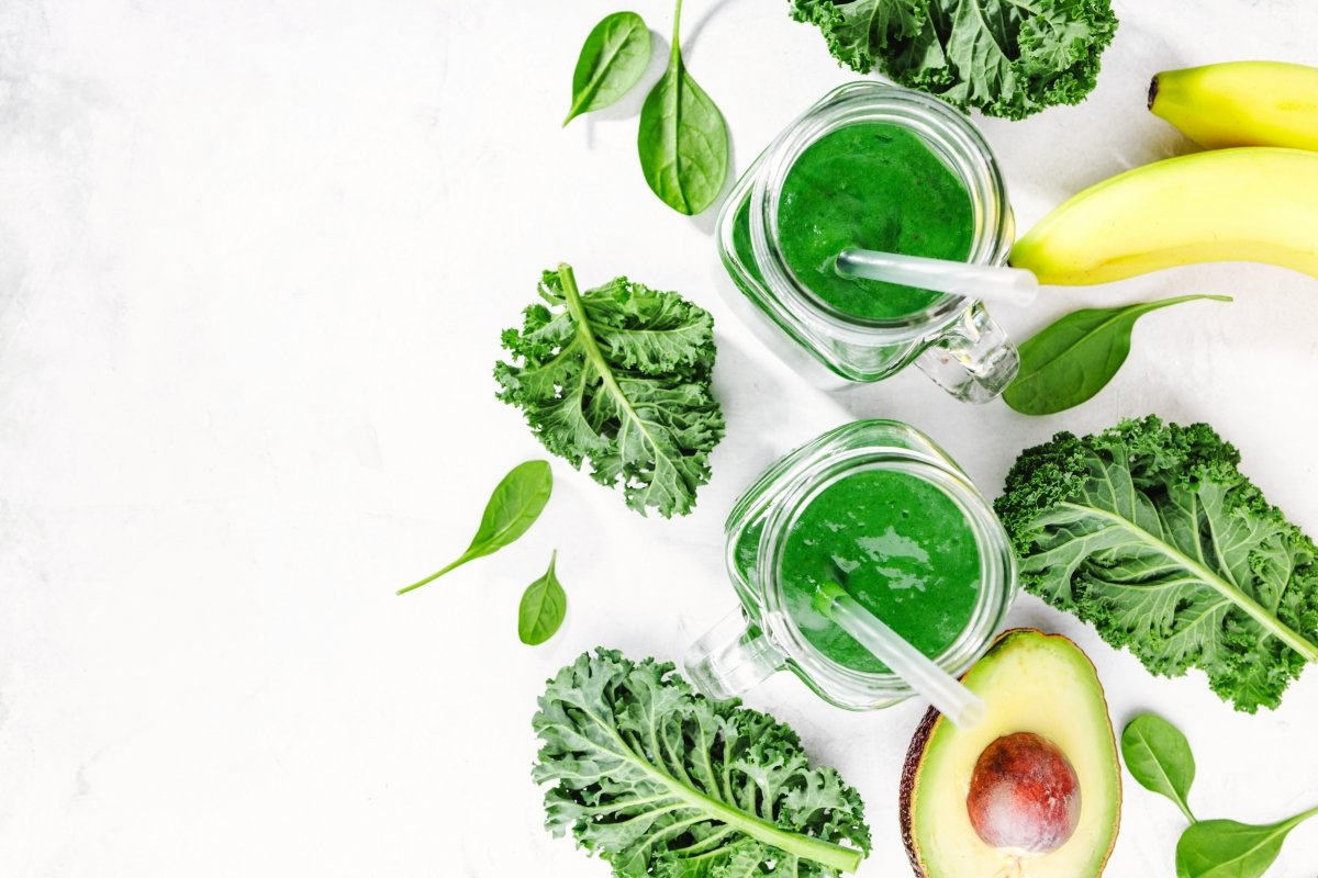 Se puede preparar en batidos, ensaladas o consumir como complemento alimenticio
