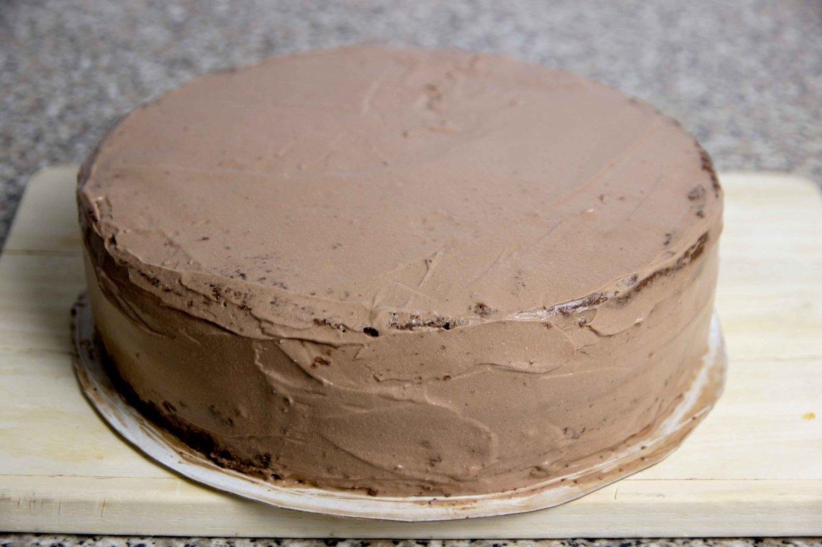 Sellar la tarta Sacher con la trufa