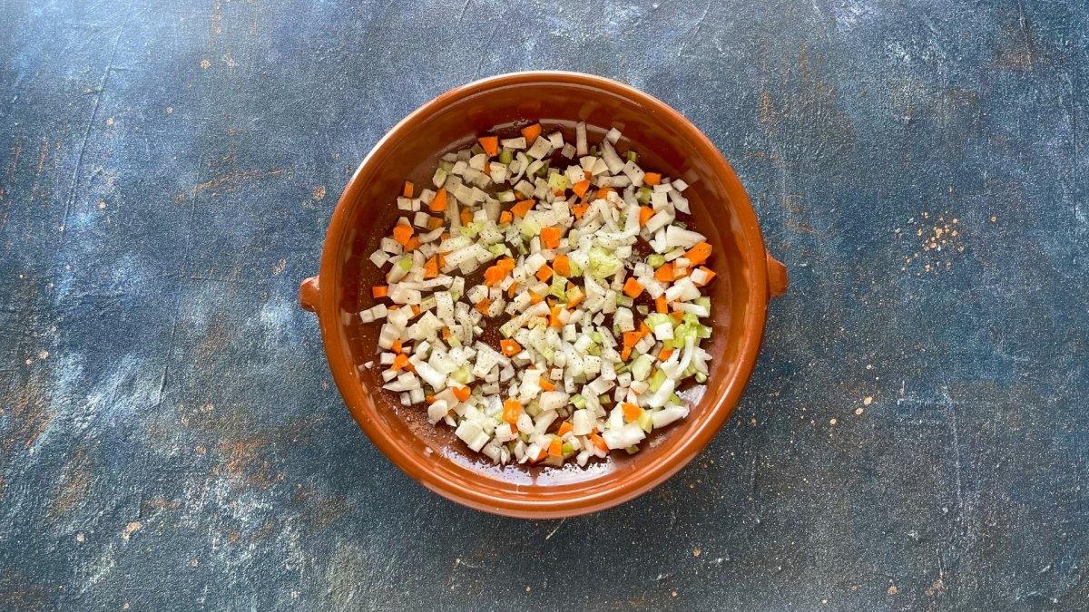 Sofrito de verduras para sopa de quinoa