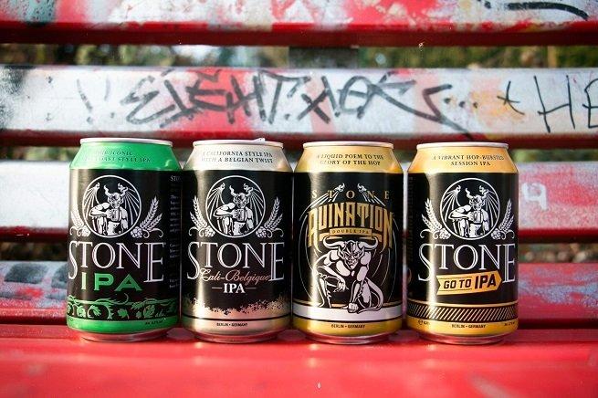 Surtido de cervezas enlatadas de Stone Brewing