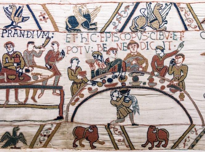 Tapiz de un banquete de la antigüedad