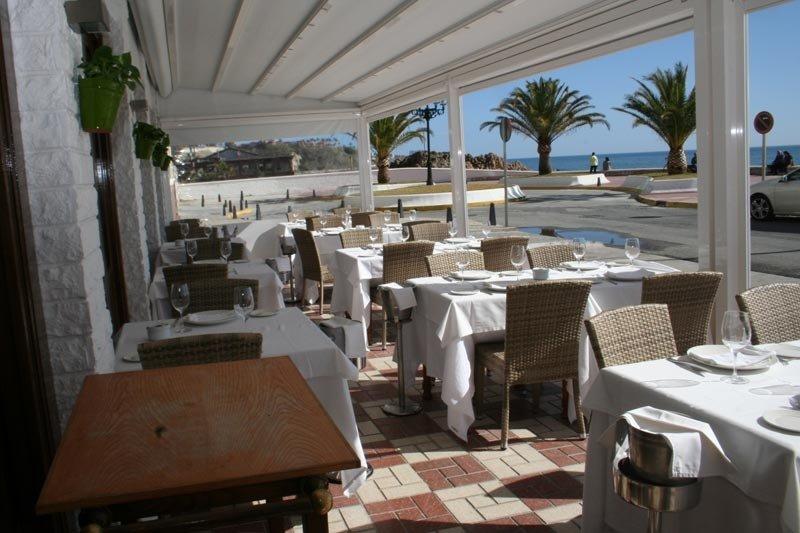 Terraza del restaurante Los Marinos José