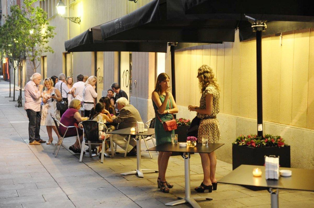 Terraza del restaurante Ten's de Jordi Cruz