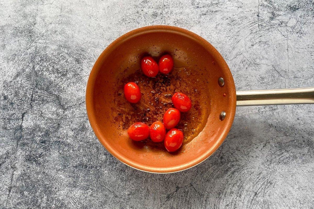 Tomates cherrys salteados