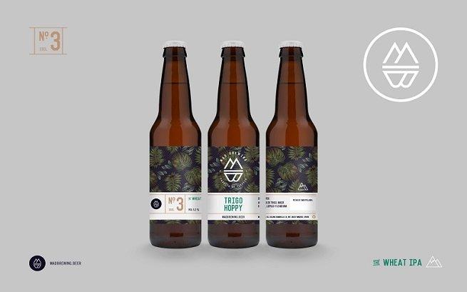 Tres botellas de Mad Brewing Trigo Hoppy