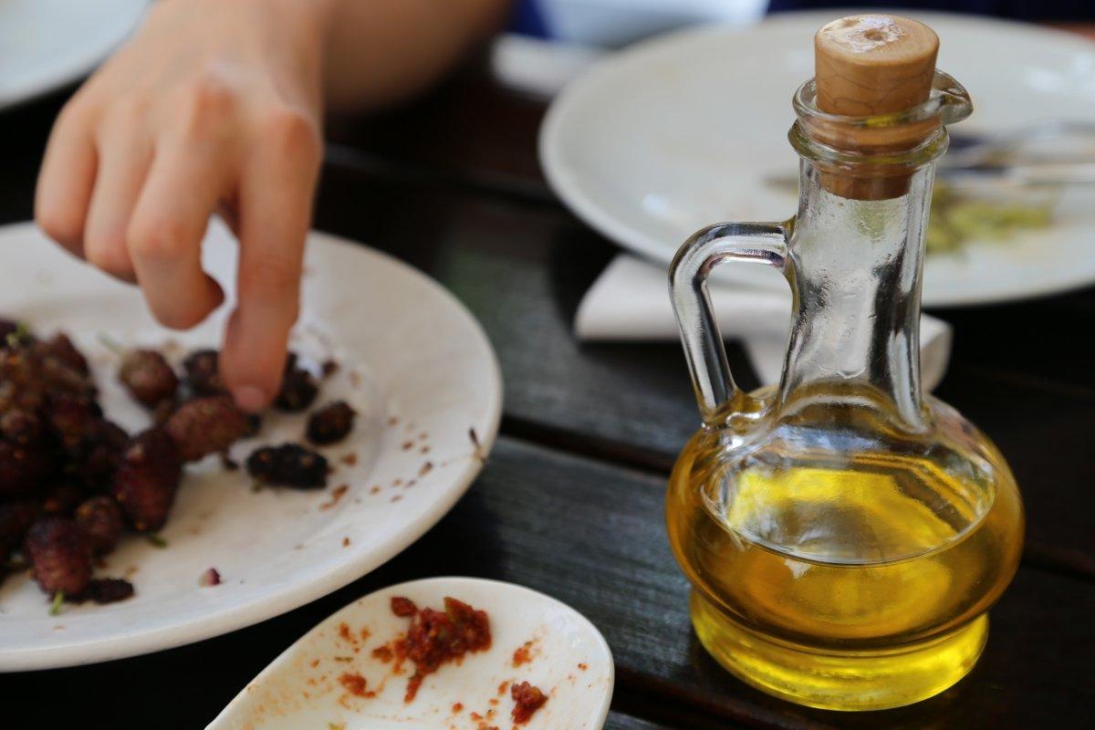 Los 5 aperitivos que mejor van con el vermut