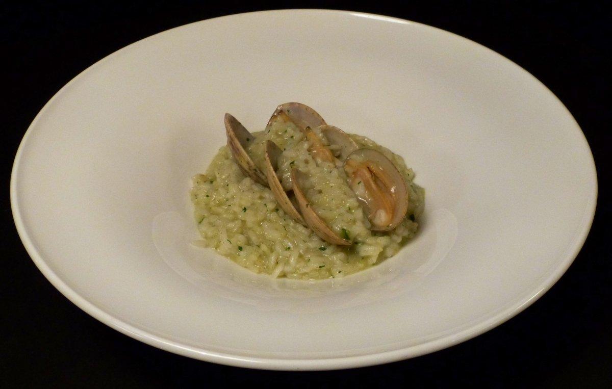 Un arroz con almejas en el restaurante Narru