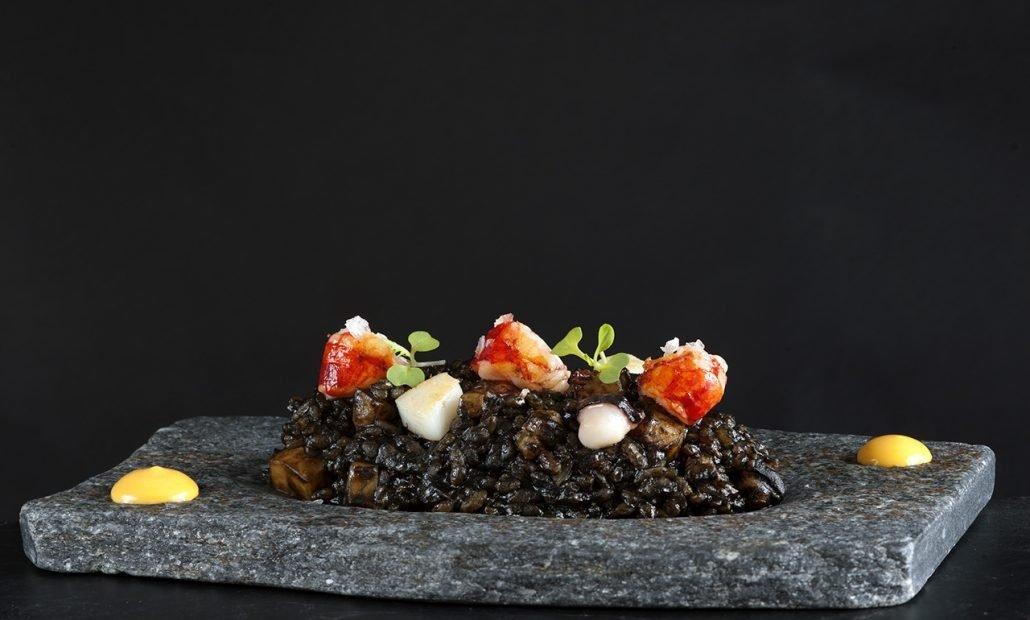 Un plato de arroz en Nácar by Annua