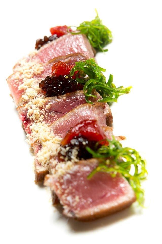 Un plato de atún de Alborada