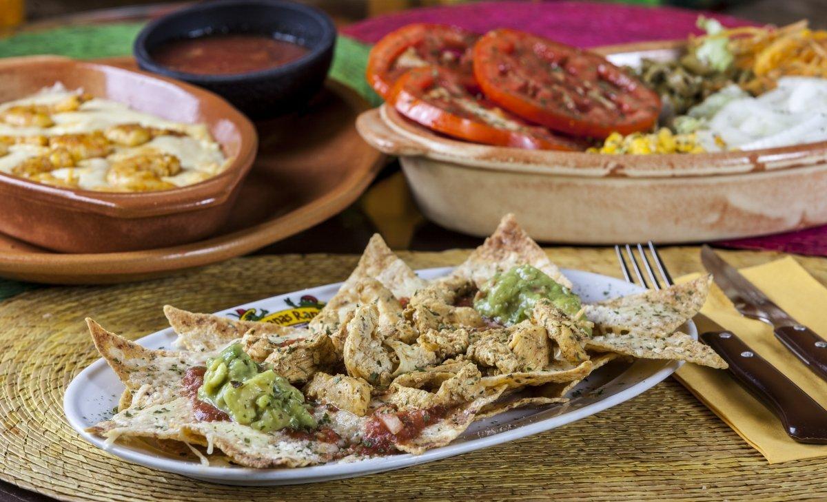 Un plato de nachos del restaurante Iguanas Ranas