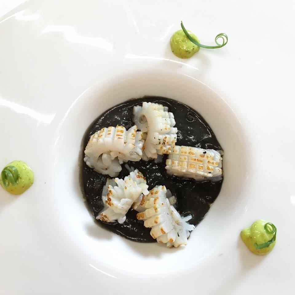 Un plato de pescado del restaurante Casa Garras
