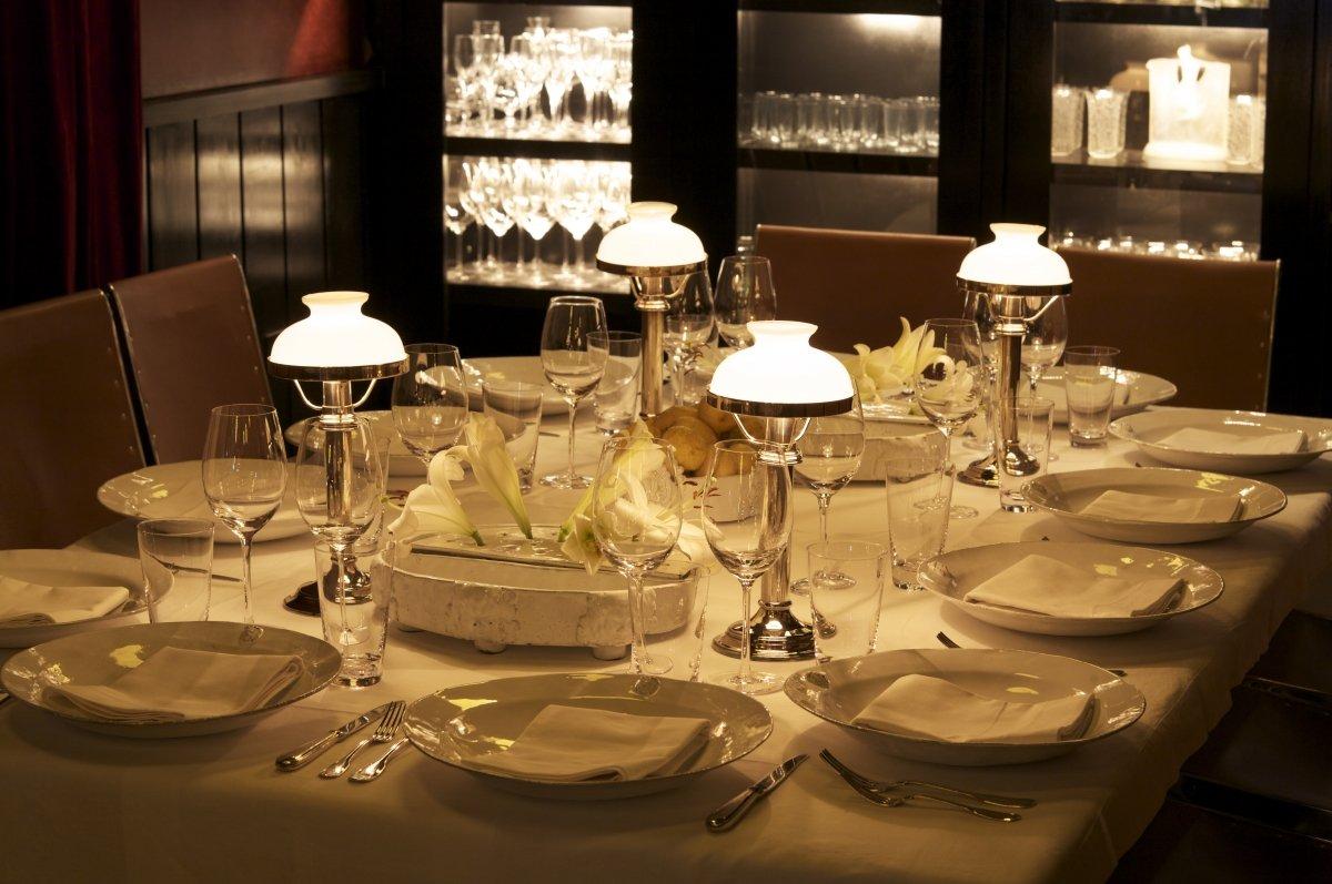 Una de las mesas del restaurante Patagonia Sur de Francis Mallmann