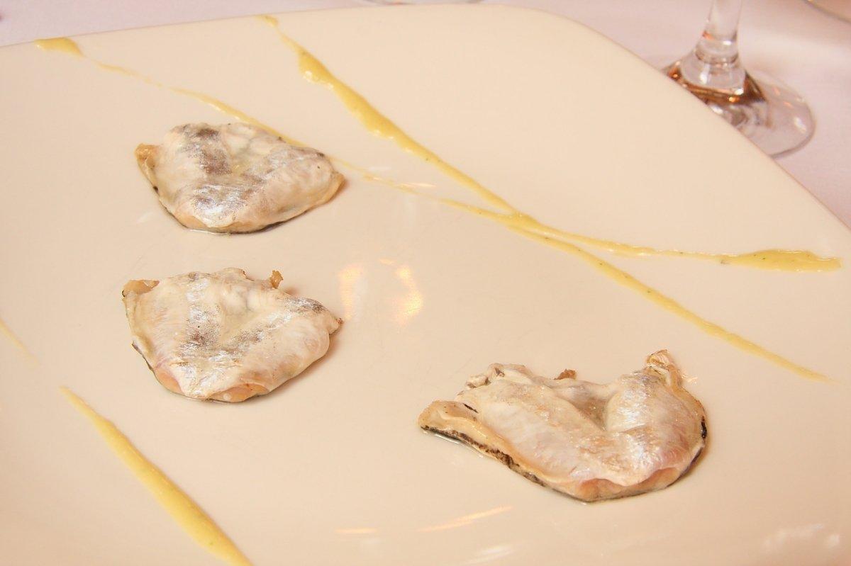 Uno de los platos de pescado del restaurante Elkano