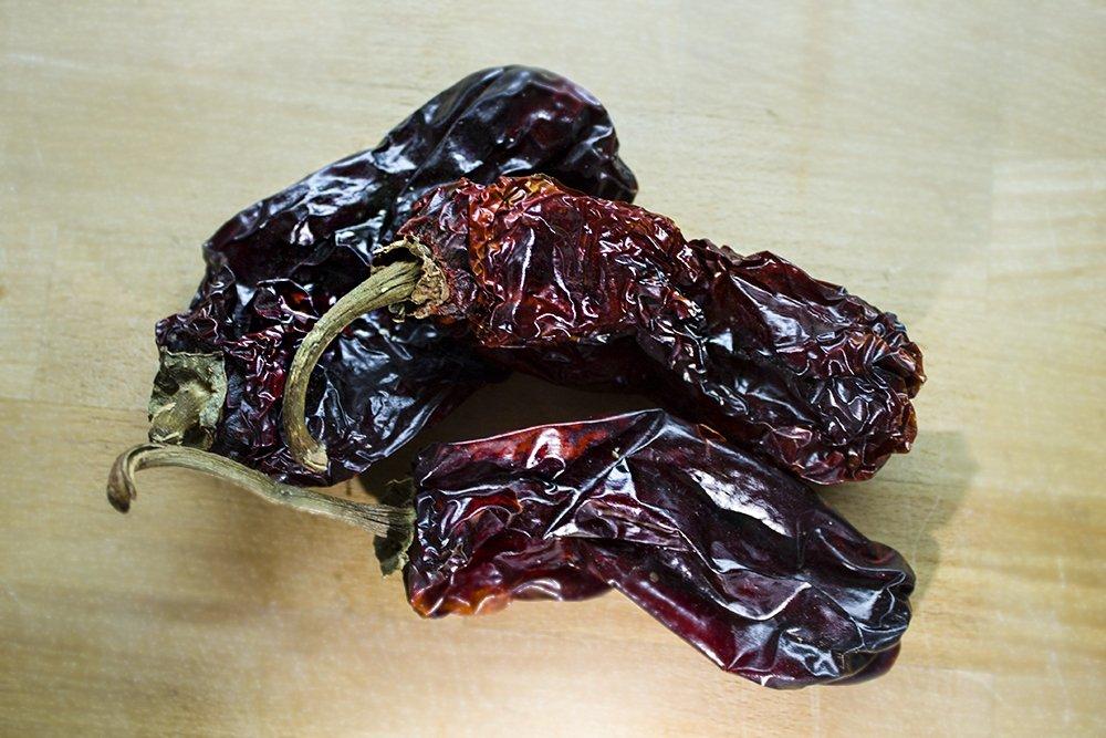 Varios pimientos choriceros