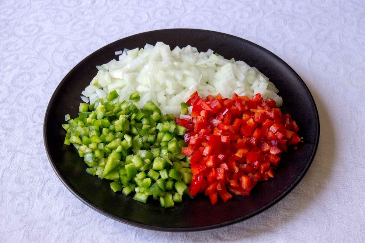 Verduras cortadas en brunoise