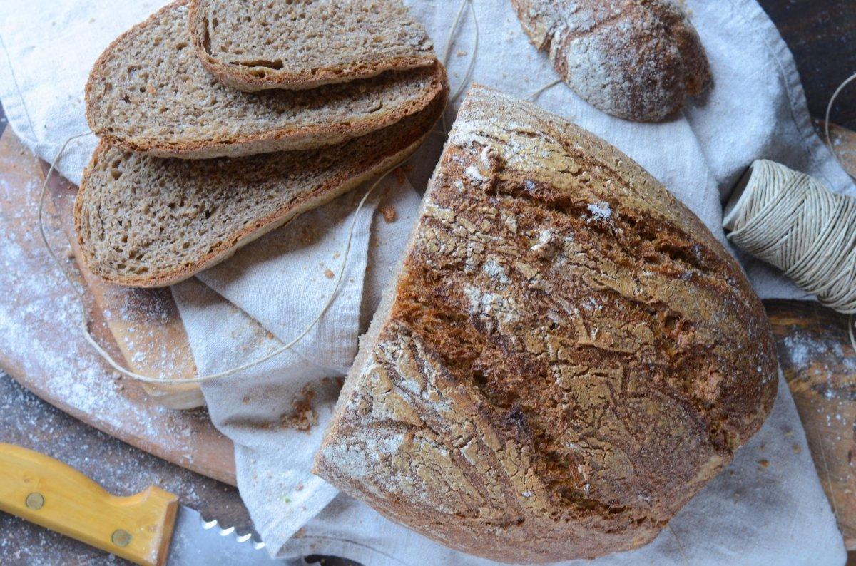 Vista cenital pan integral casero